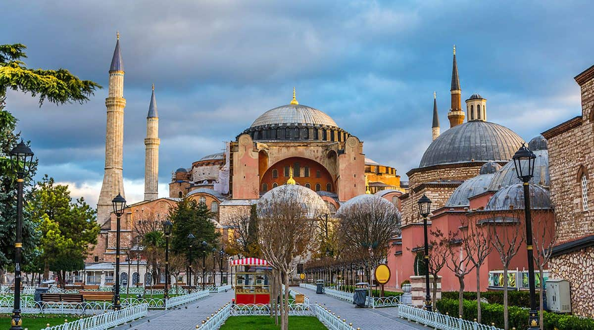 hagia_sophia_compressed_1