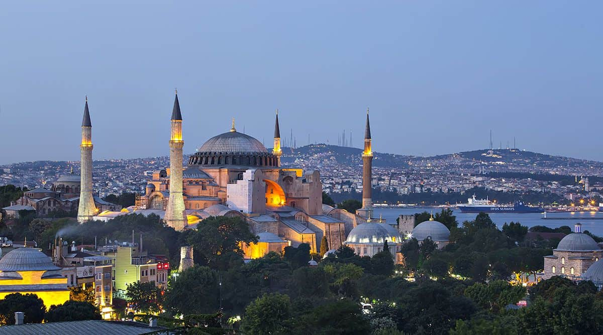 hagia_sophia_compressed_2